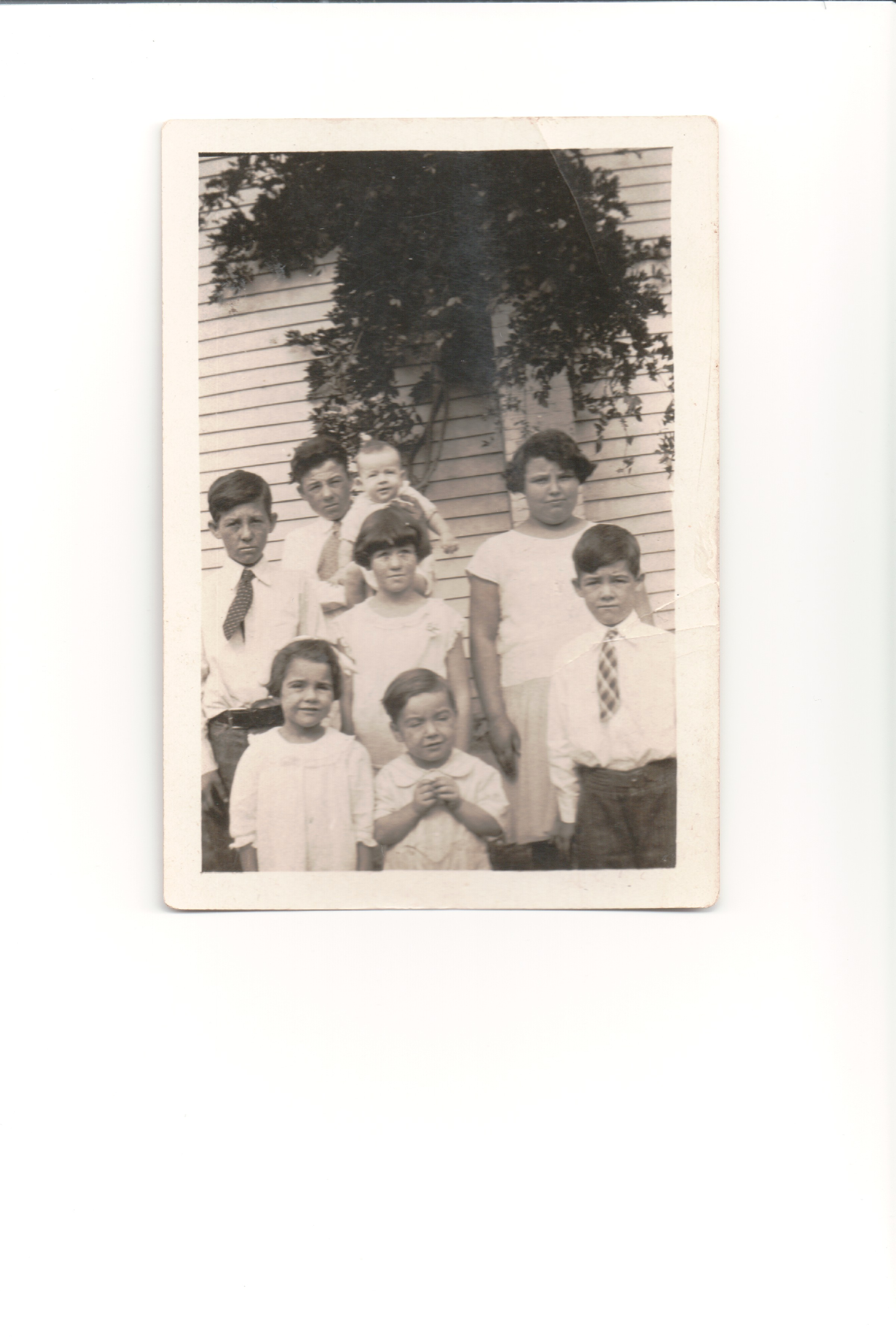 Thankful Thursday:  Mom and her siblings
