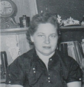 Dorothy Heiser Brown 1957 cropped