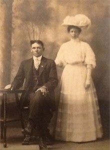 THOMAS Susie and her husband Jim LOCKLIER