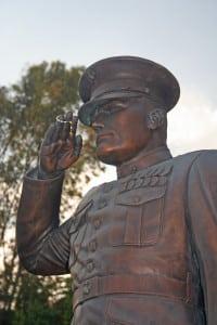 Saluting statue
