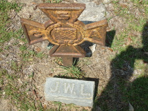 LEE John Wesley Sr CSA cross at footstone